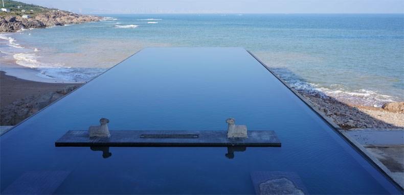 无边际泳池1.jpg