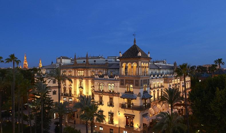 西班牙塞维利亚阿方索十三世酒店设计1