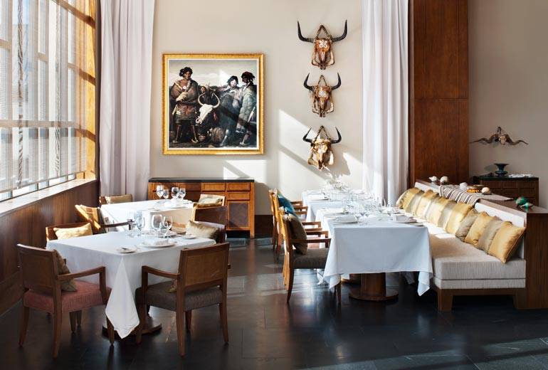 拉萨瑞吉度假酒店设计12