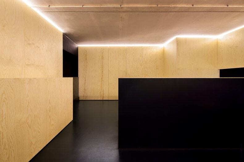 空间的律动感:Bazar Noir概念店9