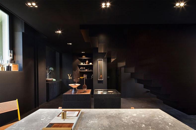 空间的律动感:Bazar Noir概念店10