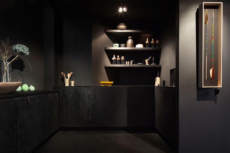 空间的律动感:Bazar Noir概念店11