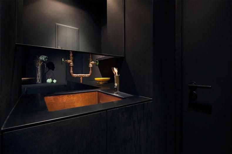 空间的律动感:Bazar Noir概念店13