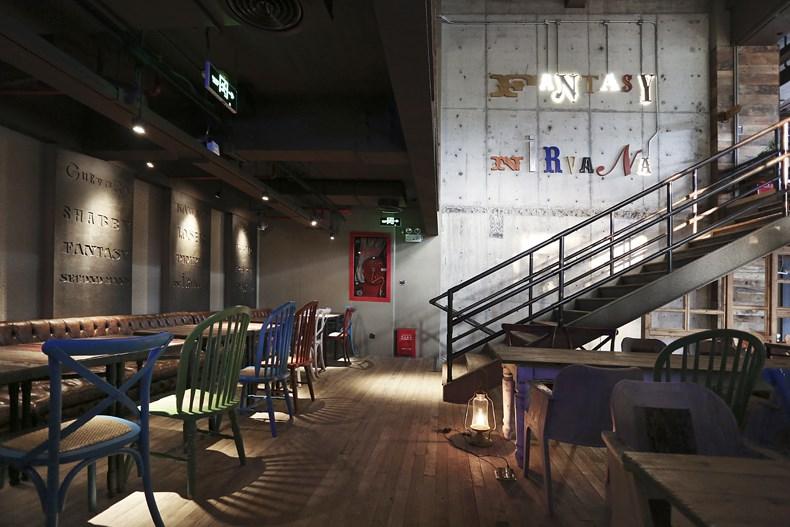田军:上海Tata Coffee店设计1