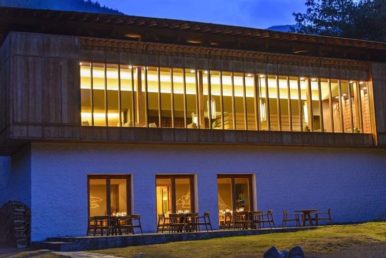不丹AMANKORA度假村设14计.jpg