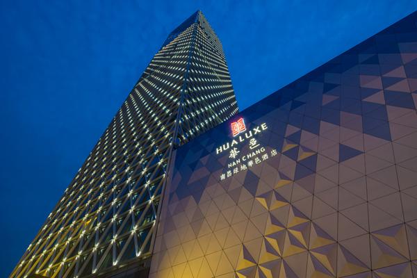 HBA:南昌绿地华邑酒店设计1.jpg