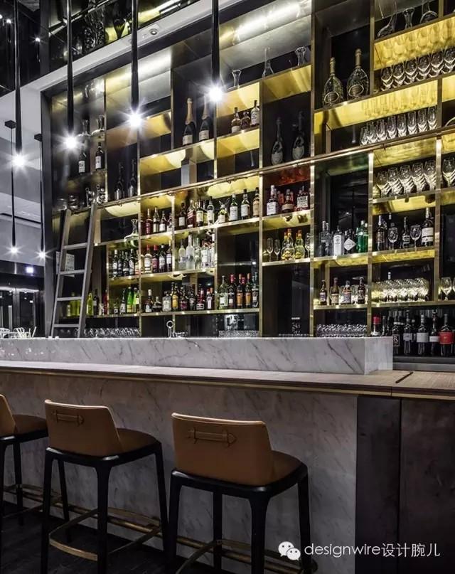 香港Porterhouse by Laris餐厅酒柜展示