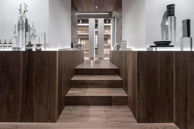 基克拉迪艺术博物馆咖啡厅和商店设计