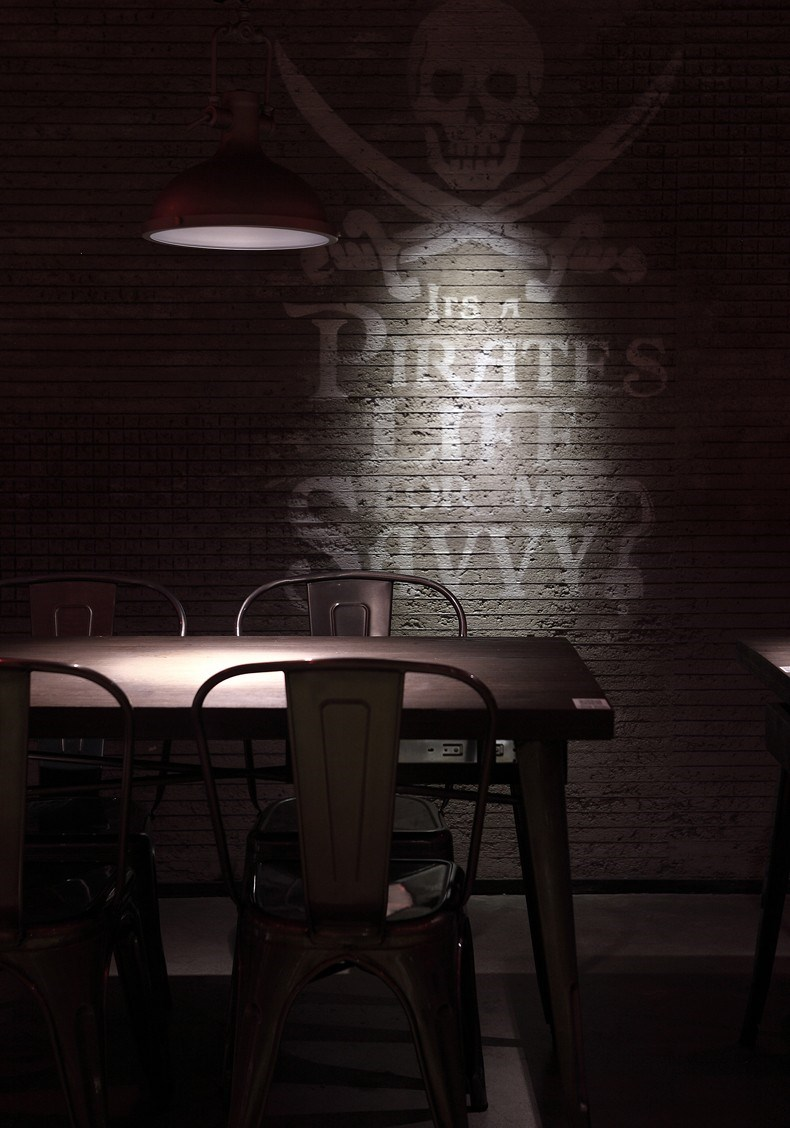 海盗鲜生餐厅设计 墙面设计