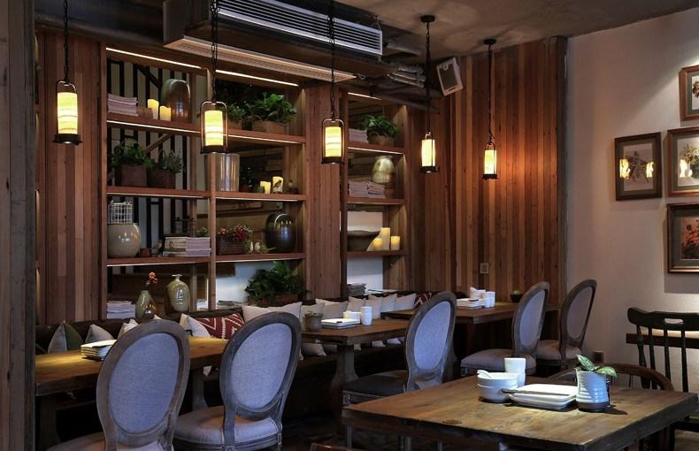 印巷餐厅设计-家庭用餐区