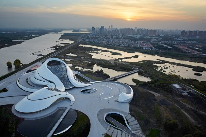 哈尔滨大剧院设计1.jpg