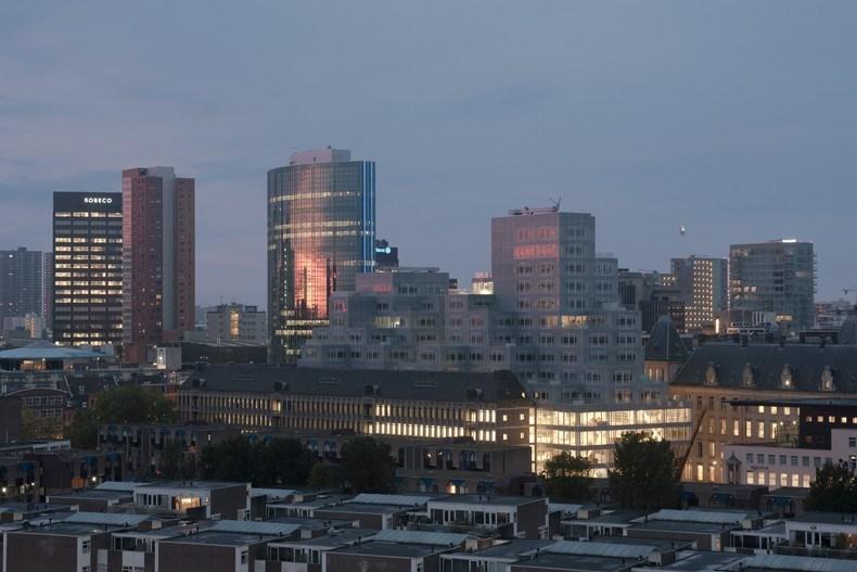 库哈斯新作:鹿特丹Timmerhuis商住综合体设计1.jpg