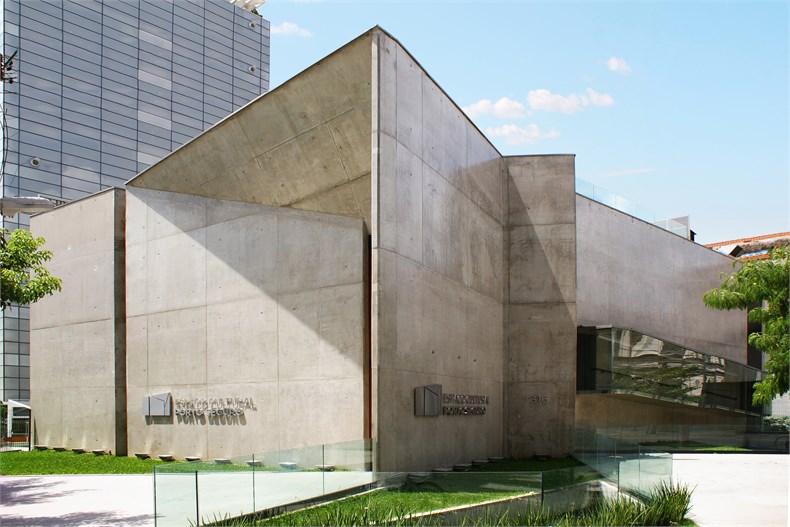 巴西塞古鲁港文化中心—一座具人文关怀的中心-01