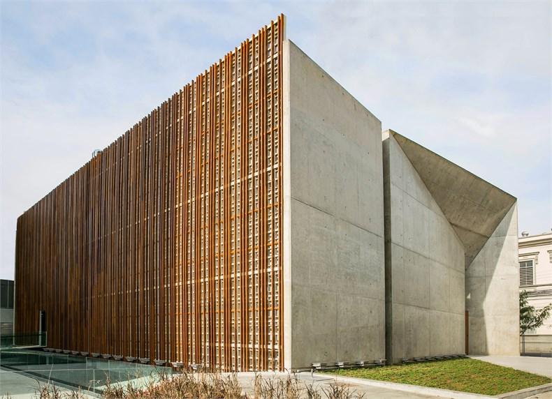 巴西塞古鲁港文化中心—一座具人文关怀的中心-02