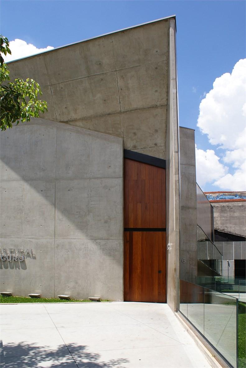 巴西塞古鲁港文化中心—一座具人文关怀的中心-03