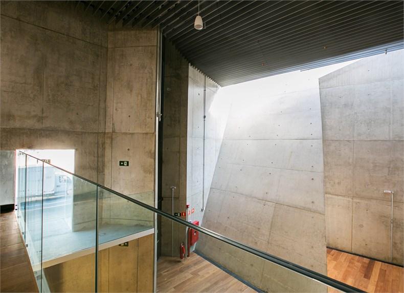 巴西塞古鲁港文化中心—一座具人文关怀的中心-13