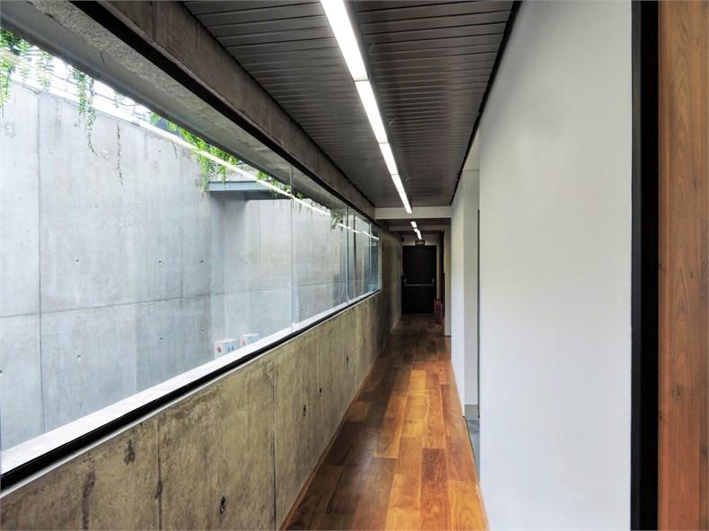 巴西塞古鲁港文化中心—一座具人文关怀的中心-14