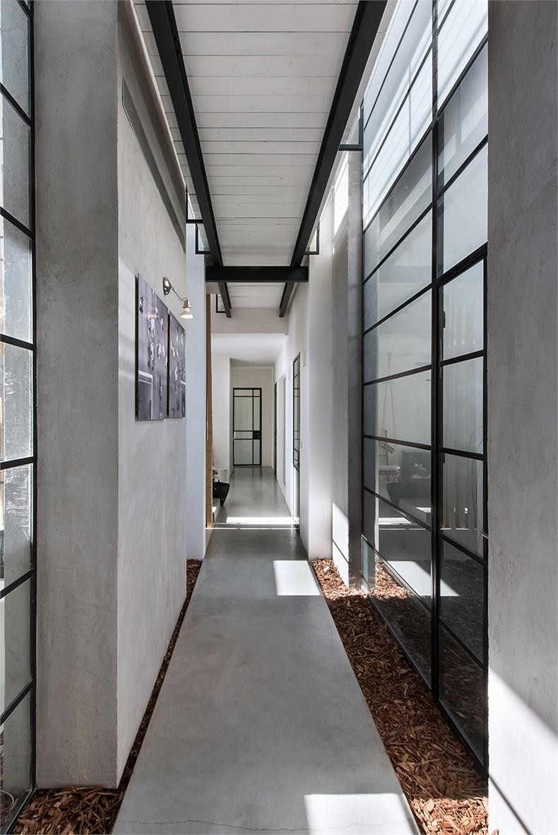 特拉维夫郊区住宅设计-13