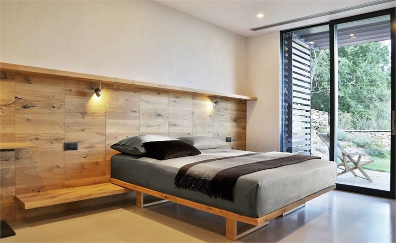 利古里亚5间卧室住宅设计-12