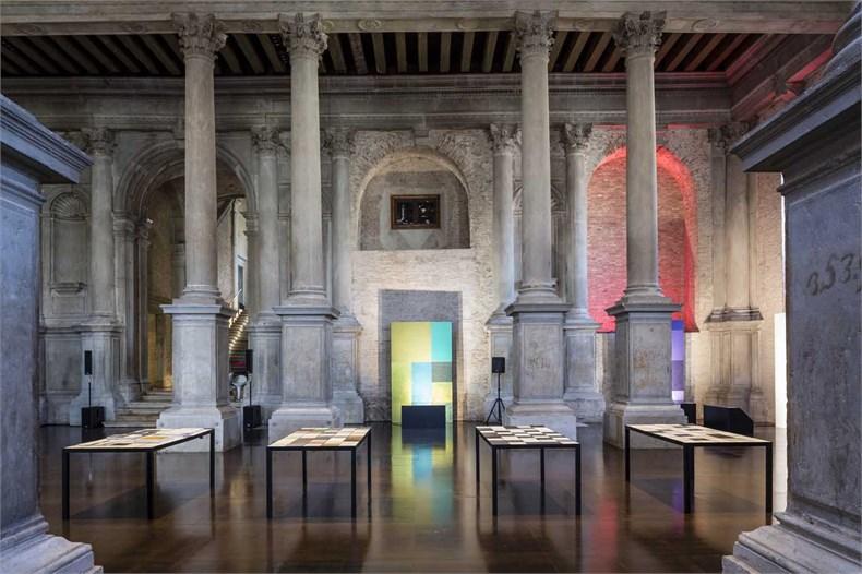 Marco Piva威尼斯双年展之「设计的复合性:材料、色彩、结构」展览-08