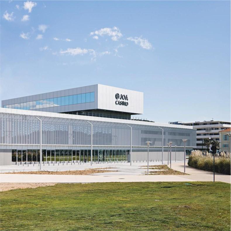 DATA建筑事务所:法国拉塞讷文化商业综合-01