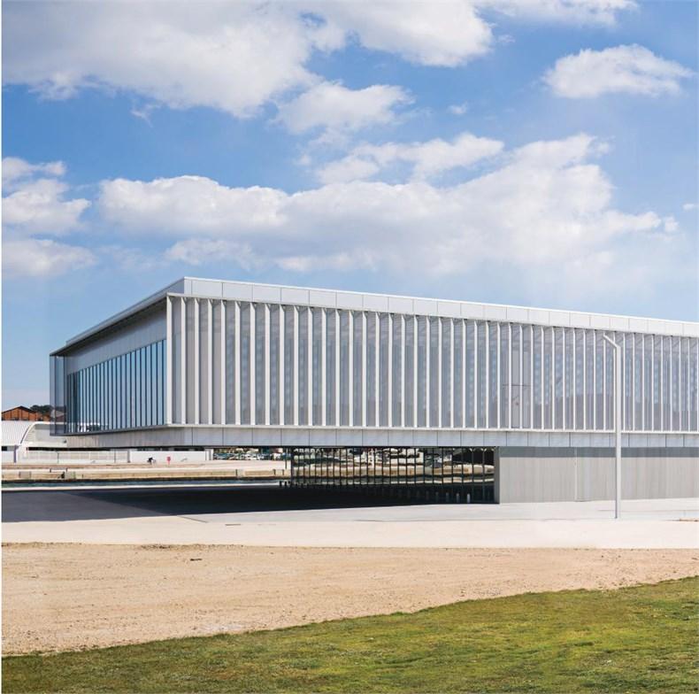 DATA建筑事务所:法国拉塞讷文化商业综合-05