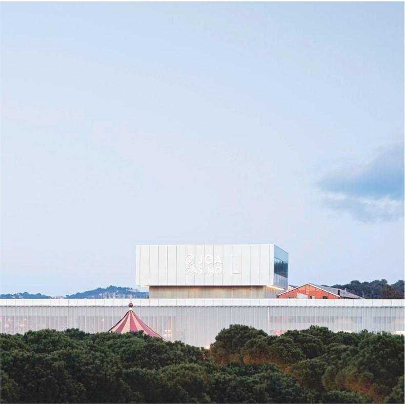 DATA建筑事务所:法国拉塞讷文化商业综合-16