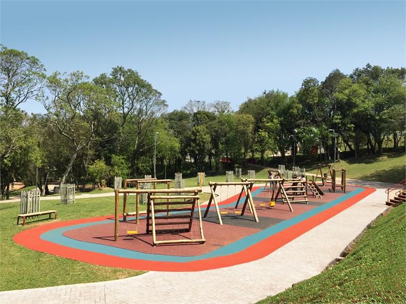 Idom:帕苏丰杜Gare主题公园改造-05