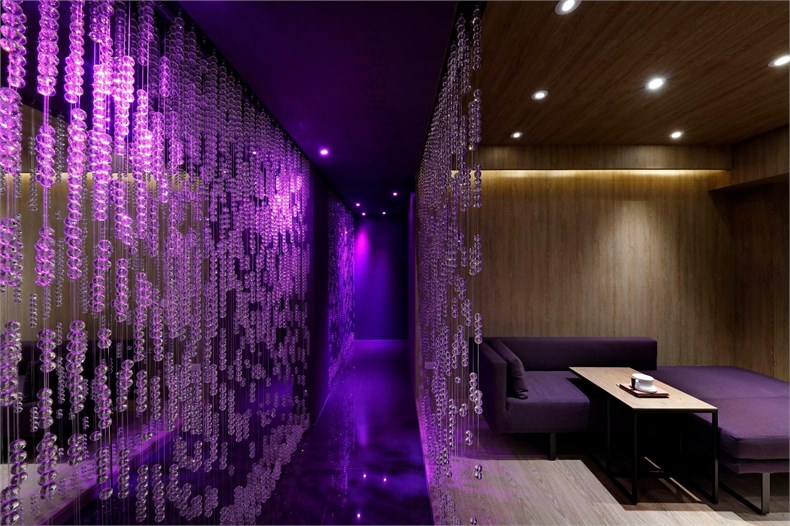 陈连武:雨中的熏香SPA空间设计-05