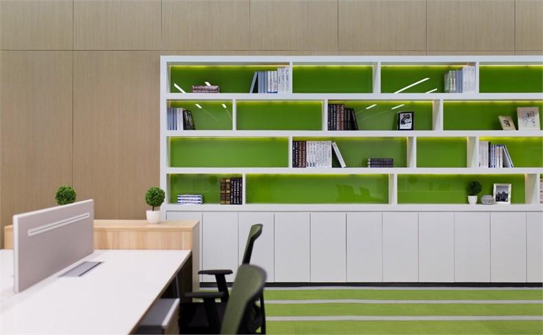 齐鹏达:莱蒙新业务办公室设计-08