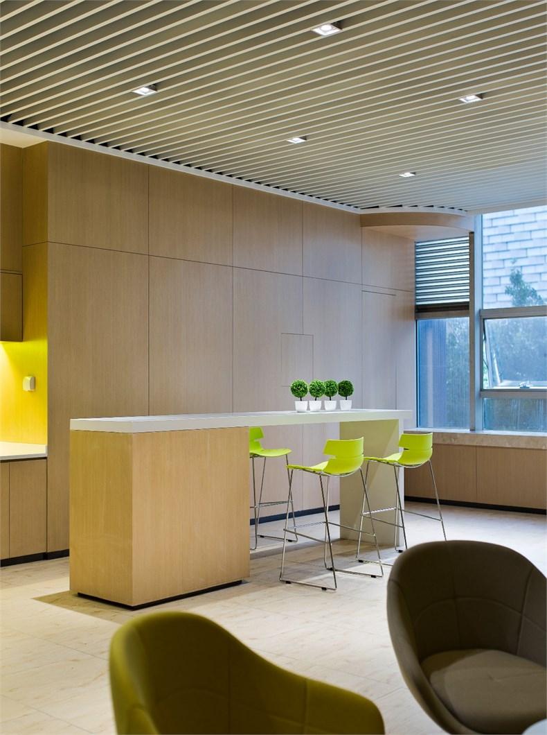 齐鹏达:莱蒙新业务办公室设计-13