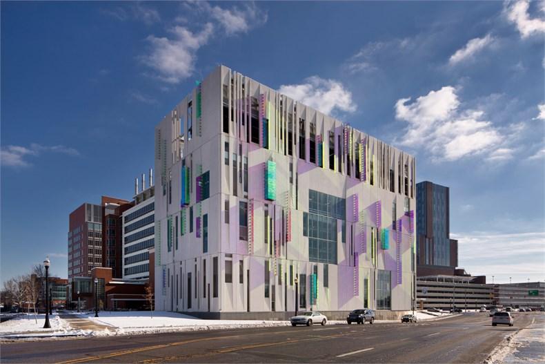 对话Carol Ross Barney:建筑设计需要遵从对应的生态体系-06