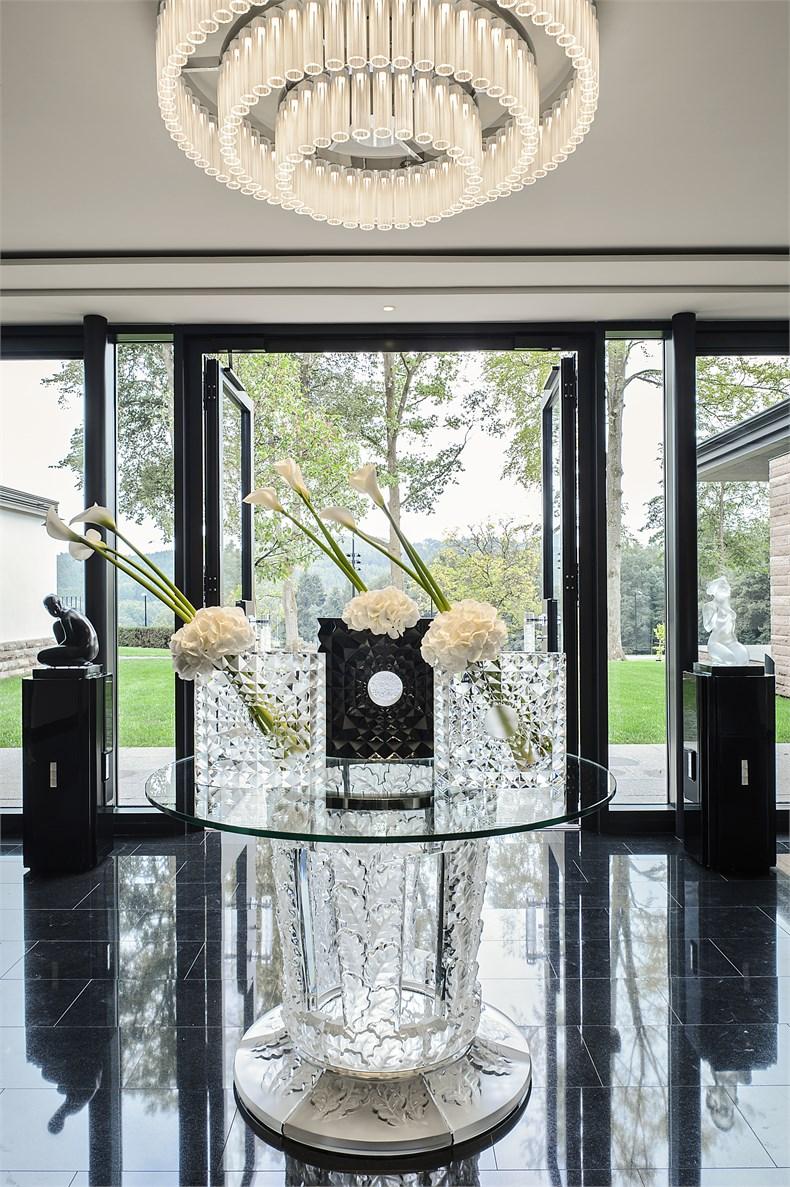 Villa Rene Lalique Lobby.jpg