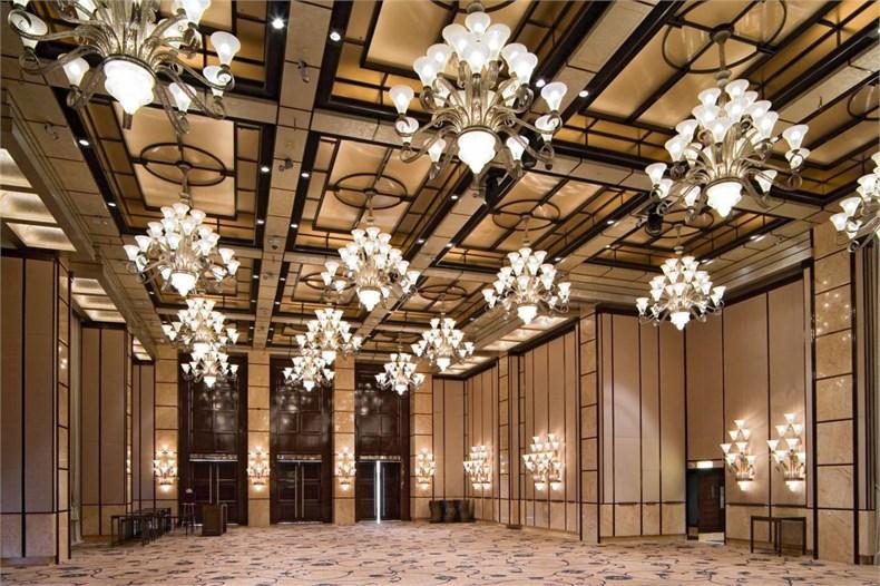 1409-preview-preciosa-lighting-four-seasons-hotel-hong-kong-2005-interior-1591-medium.jpg