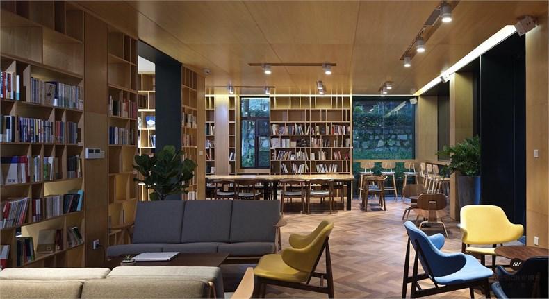 南京华泽传媒总部设计12.jpg