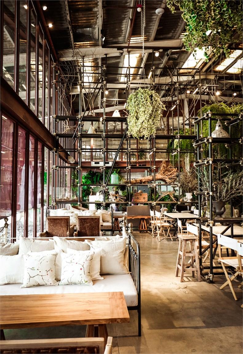 Vivarium-restaurant-Bangkok-Hypothesis_dezeen_01.jpg