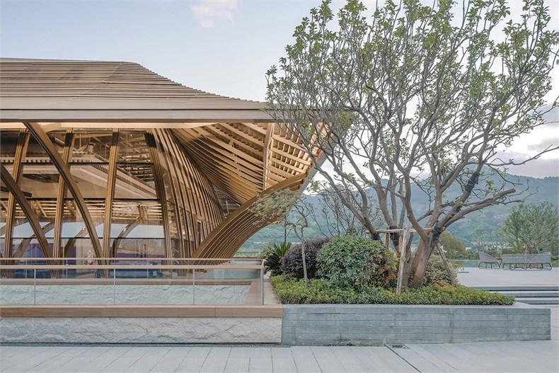 圖9 源自燕尾脊的屋頂設計.jpg