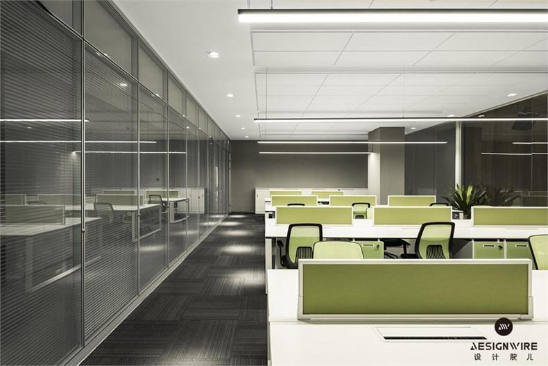 三能集成房屋股份有限公司办公楼-05-办公空间1.jpg