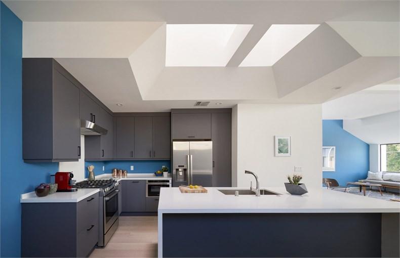 4752-east-baltimore-street-los-angeles-california-urban-operations-white-house_dezeen_2364_col_15-1704x1100.jpg