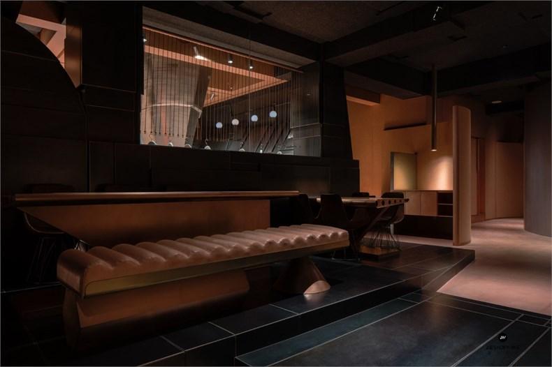 叶梹室内设计:杭州CHOCLAB潮牌店设计-16
