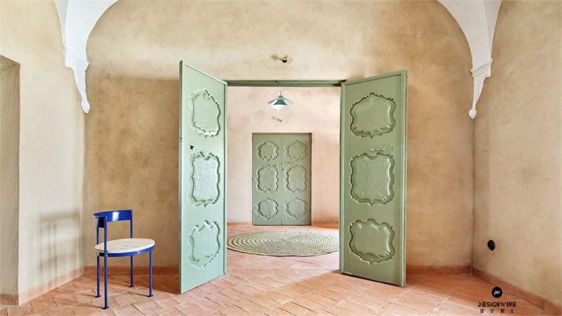 casa-villalba-de-los-barros-lucas-y-hernandez-gil-interiors-residential-spain_dezeen_hero-2-1704x959.jpg