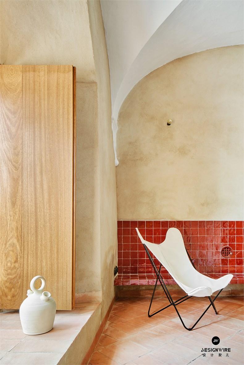 casa-villalba-de-los-barros-lucas-y-hernandez-gil-interiors-residential-spain_dezeen_2364_col_5.jpg