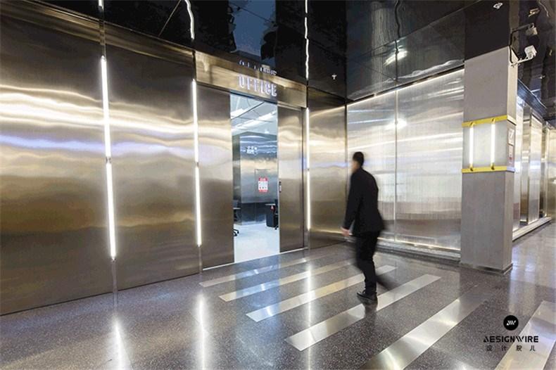 09办公入口自动门gif图.jpg