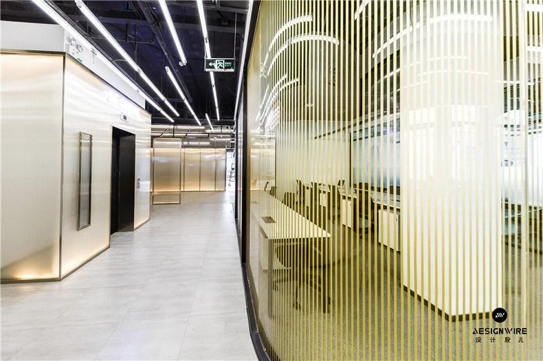 26二层办公走廊.jpg