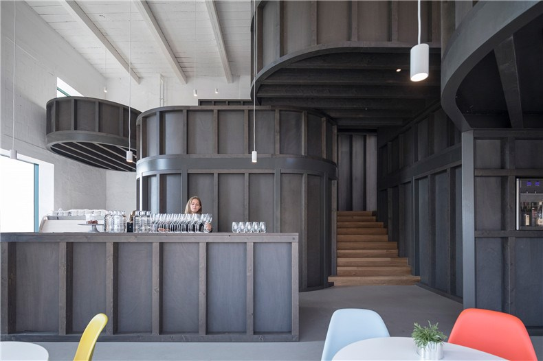 house-of-wine-znojmo-czech-republic-chybik-kristof-interiors_dezeen_2364_col_3.jpg