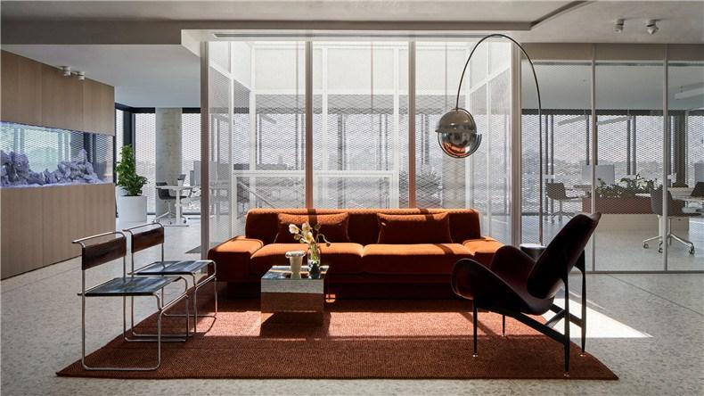 cobild-office-interiors-melbourne-australia-mim-design_dezeen_hero-1.jpg
