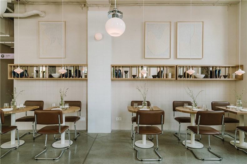 nadzieja-restaurant-interiors-agnieszka-owsiany-poland_dezeen_2364_col_5.jpg