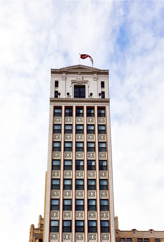 siren-hotel-detroit-ash-nyc-ari-heckman-video_dezeen_2364_col_19.jpg