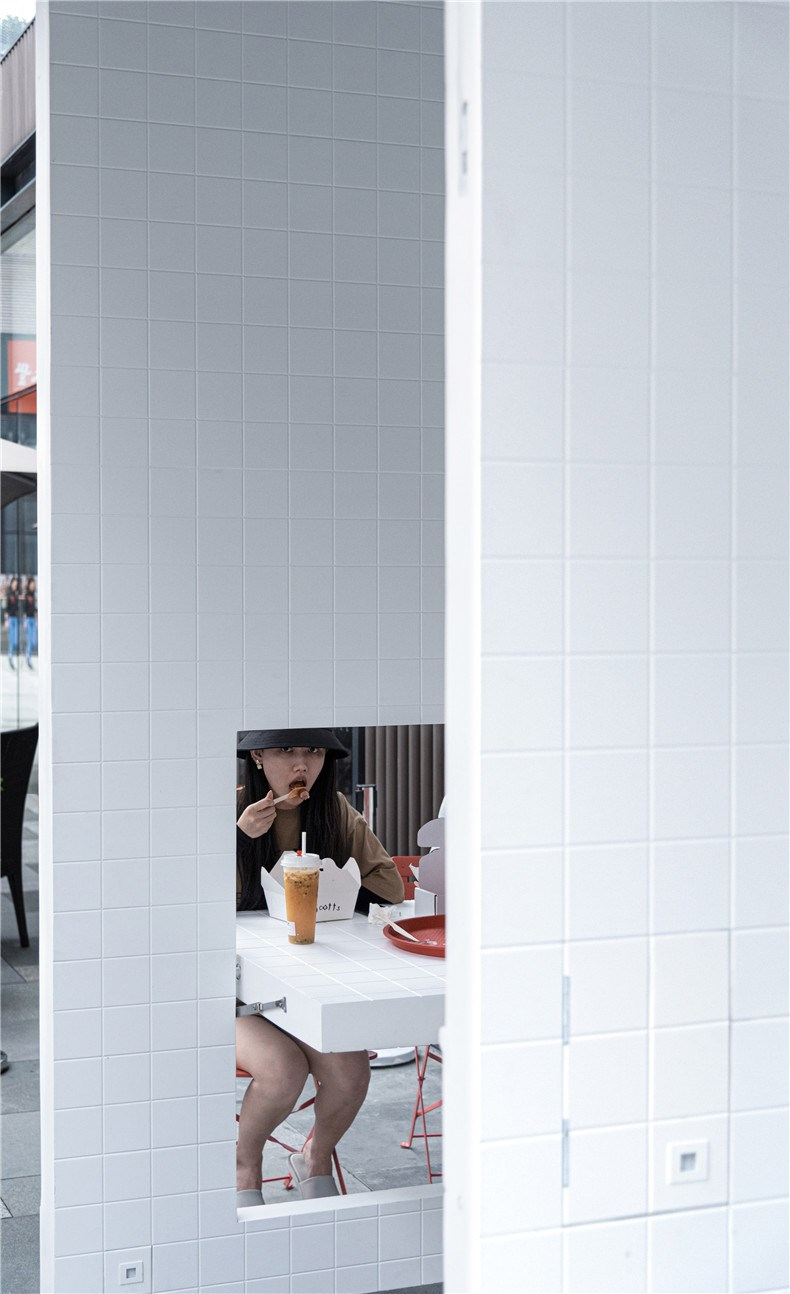 scotts-fish-chips-chengdu-restaurant-interiors-unknown-works_dezeen_2364_col_14.jpg