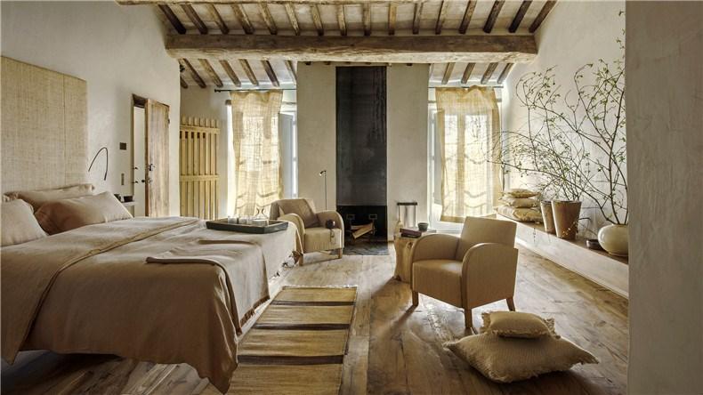 monteverdi-tuscany-bouique-hotel-michael-cioffi-ilaria-miani_dezeen_hero4.jpg